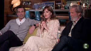 File:Jon Hamm, Dakota Johnson and Jeff Bridges.png - Wikimedia Commons