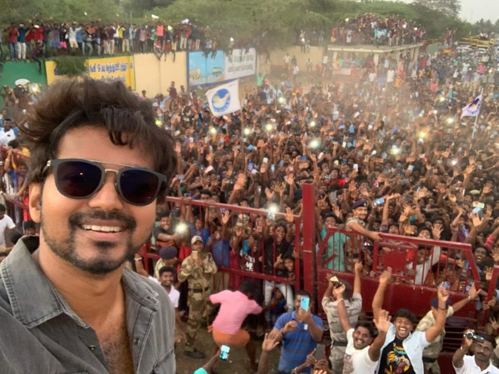 most tweeted selfie of the year t vijay at neyveli